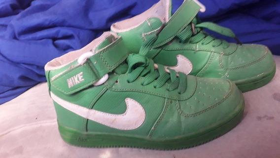 Zapatillas Nike .talle 33/34.en Buen Estado