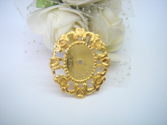Tag Metal Dourada 2,5cm 100 Peças+100peças Chaton 1,3x1,8cm