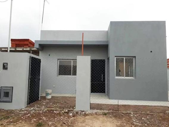 443 Bis E/ 134 Y 135 El Rincón, Villa Elisa, La Plata - Casa En Alquiler