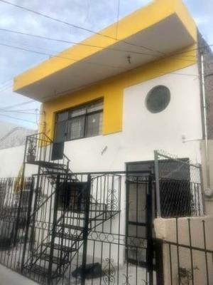 Casa Duplex En Santa Elena De La Cruz