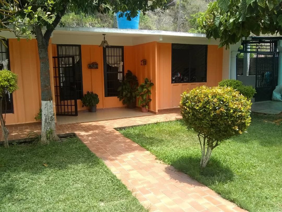 Se Vende Casa 510m2 3h/4b/5p Caraballeda