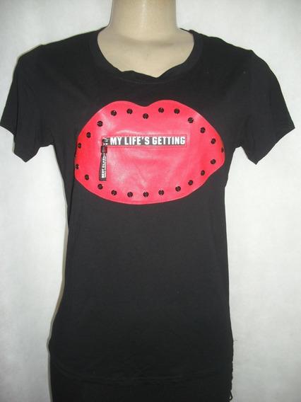 Blusa Camiseta Preta Com Detalhe Bolso Frontal Ziper M