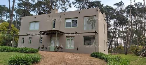 Casa En Laguna Blanca Punta Del Este En Venta- Ref: 25677