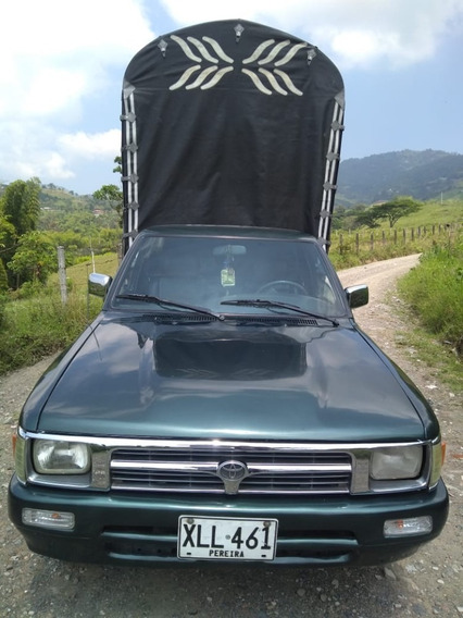 Se Vende Toyota Hilux 4x2 Modelo 98 Fuel Injection - Gas Gas
