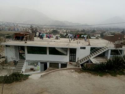Casa De 2 Pisos Material Noble. 9 Habitaciones. 5 Baños.
