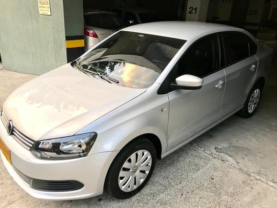 Volkswagen Vento Comfortline 1.6 Mt 2016 14700km Unico Dueño