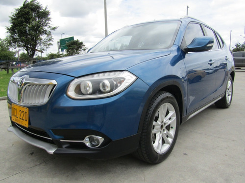 Brilliance V5 1500 Cc At 2015 A.a