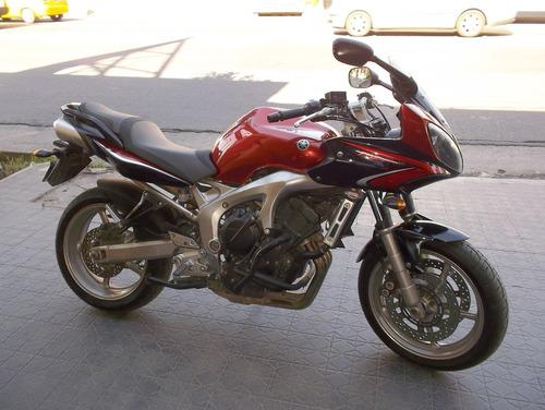 Imagen 1 de 6 de Yamaha Fz6