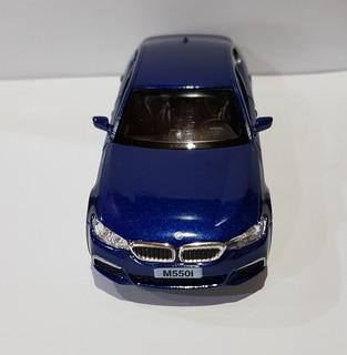 Miniatura Bmw - 550i - Azul 1/32 - 2017