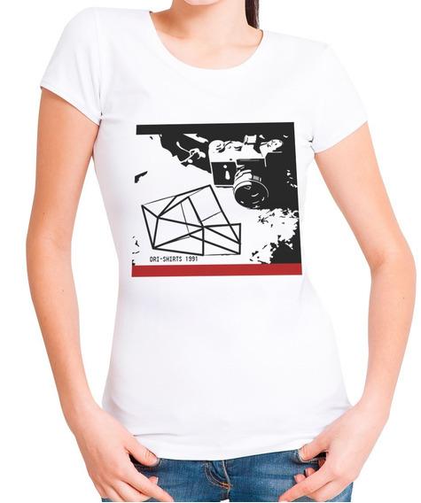 Blusa Feminina T-shirt Camiseta Estampada Câmera Geométrica.