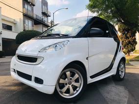 Simpatico ! Smart 2015 Black & White Automatico Turbo 25,000