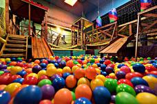 Salón De Fiestas Infantiles Pelotero. Zona Sur Wilde **