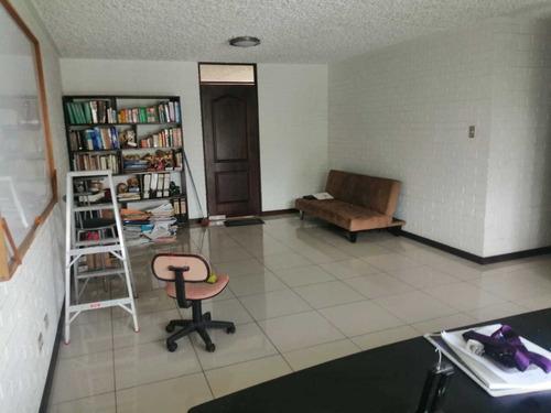 Imagen 1 de 7 de Apartamento En Alquiler Zona 10