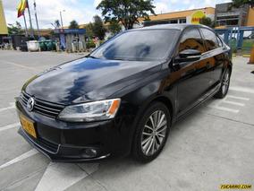 Volkswagen Nuevo Jetta Confort Line
