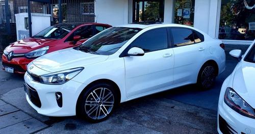 Kia Rio 1.4 Ex Plus Sedan Permuto Financio