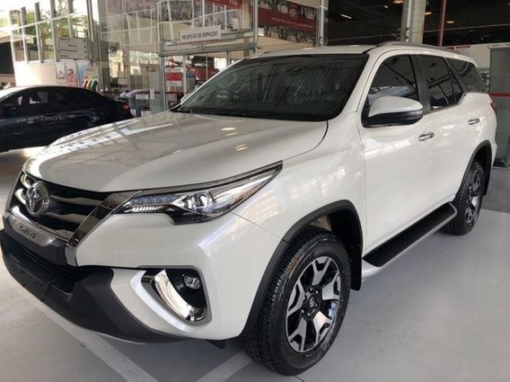 Toyota Hilux Sw4 2.8 Srx Diamond 4x4 7 Lugares 16v Turbo