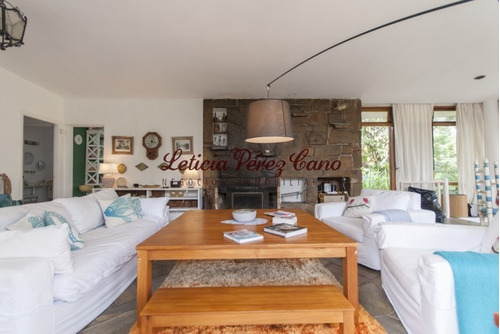 Venta Casa 3 Dormitorios En Pinares- Ref: 18720