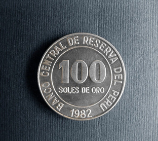 Antigua Moneda Peruana. S/100 Cien Soles De Oro Año 1980-82