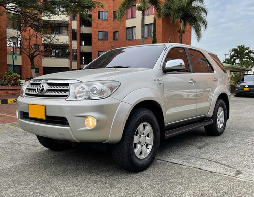 Toyota Fortuner 2012 2.7l 4x2