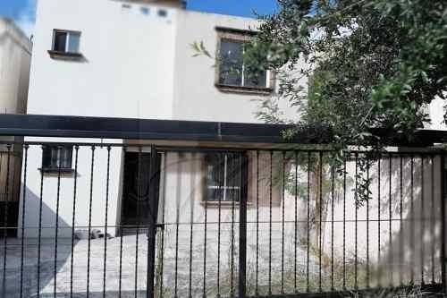 Casas En Renta En Privada San Carlos, Guadalupe