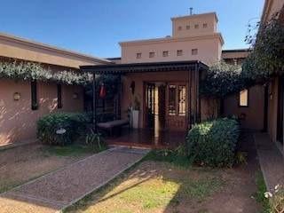 Casa En Venta -country Jardin Claret