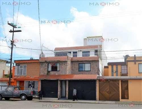 Casa En Venta 7 Habitaciones En Izcali Cuahutemoc Metepec
