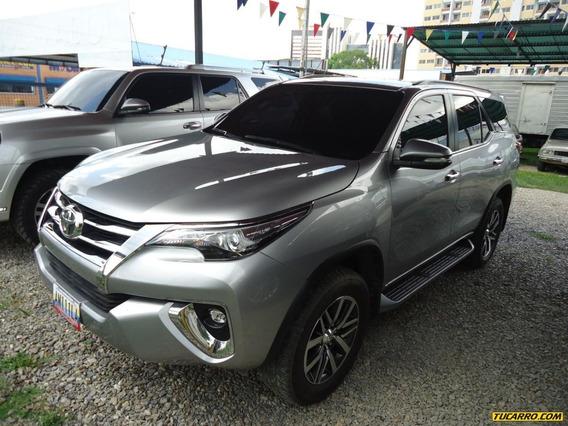 Toyota Fortuner Vxr+