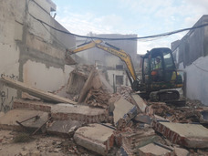 Limpieza De Terreno, Retiro De Esconbro Y Demoliciones Etc