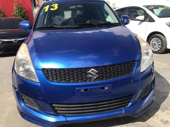 Suzuki Swift Azul
