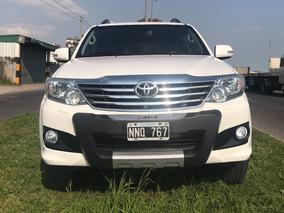 Toyota Hilux Sw4 4x2 Srv 2.7 Año 2014 At 7 Asientos De Cuero