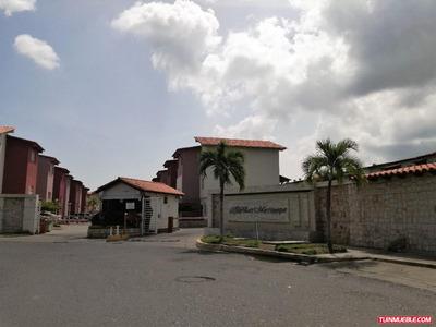 Villas Martinique. Townhouse En Venta, Lecheria.