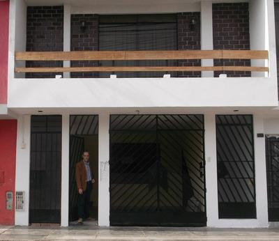 Alquilo Casa Con Cochera