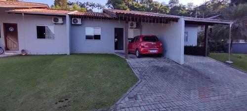 Casa Com 2 Dormitórios À Venda, 66 M² Por R$ 245.000,00 - Água Verde - Blumenau/sc - Ca0122