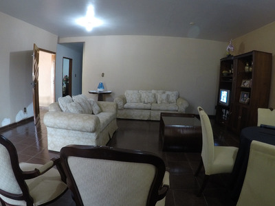 Casa Em Setor Goiânia 2, Goiânia/go De 187m² 3 Quartos À Venda Por R$ 450.000,00 - Ca108662