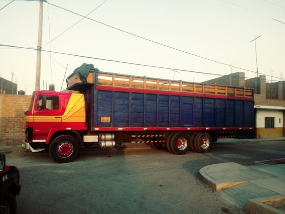 Camion Volvo Doble Eje F7