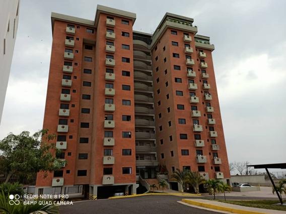 En Venta Bello Apartamento En Paramillo Suites