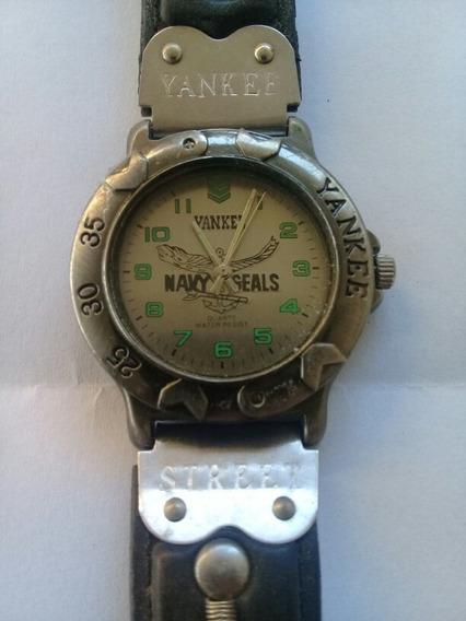 Relógio Magnum Yankee Street