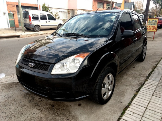 Ford Fiesta Max Ambiente 1.6 2009, Impecable!!!