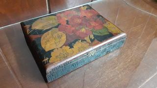 Caja Antigua De Madera De Cedro