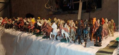 Lote 310 Caballos Para Soldaditos Vaqueros Escala 1/32 Varia