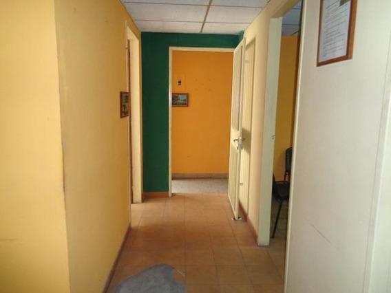 Oficina En Alquiler Zona Centro Barquisimeto 20 20242 J&m