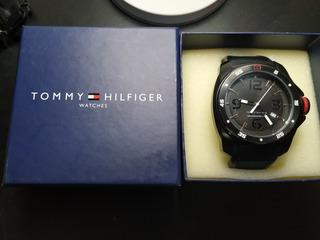 Reloj Tommy Hilfiger Windsurf Hombre Silicona