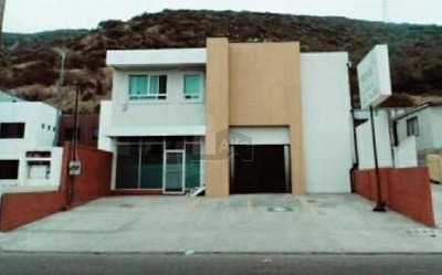 Venta De Local Comercial En Venta En Valle Dorado