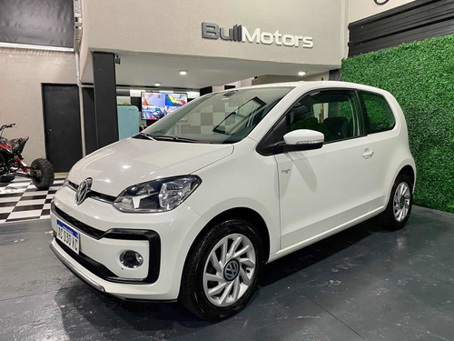 Volkswagen Up! 2017 1.0 High Up! 75cv 3 P
