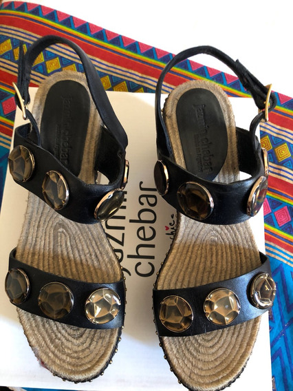 Sandalias Jazmin Chebar N 39 Impecables Cuero Y Apliques