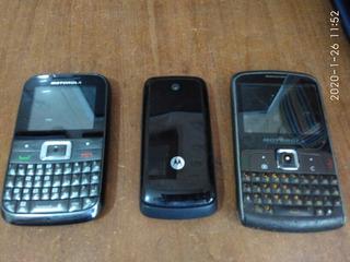 Lote Com 3 Celulares Motorola Funcionando - Leia O Anuncio