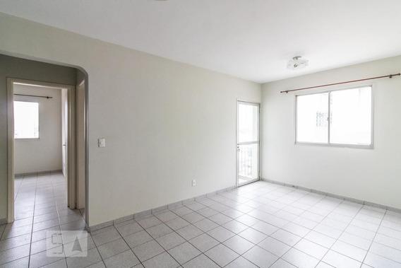 Apartamento No 13º Andar Com 2 Dormitórios E 1 Garagem - Id: 892950582 - 250582