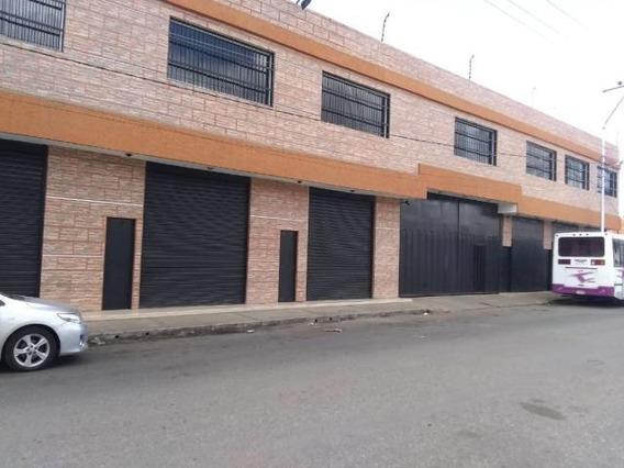 Galpon En Venta En Zona Centro Barquisimeto 20-21404 Nd