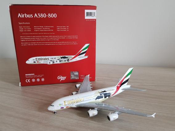 Gemini Jets 1:400 Emirates Airbus A380-800 - Wildlife #2