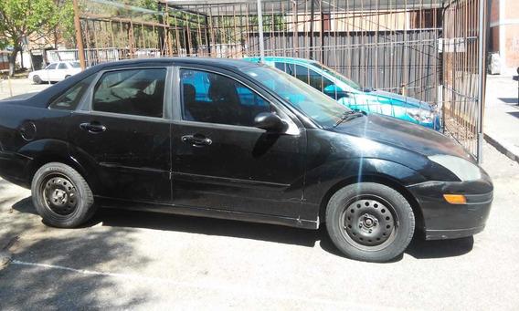 Ford Focus 2003 Negro 5 Puertas